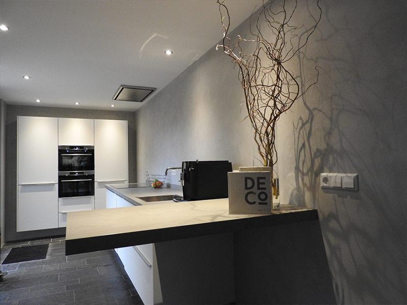 Limestone concrete keukenmuur
